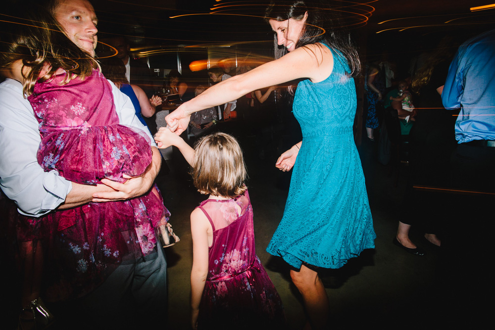 078-boston-restaurant-wedding-photography.jpg