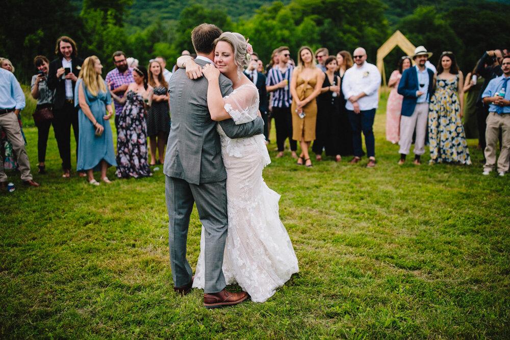 065-new-england-mountain-wedding.jpg