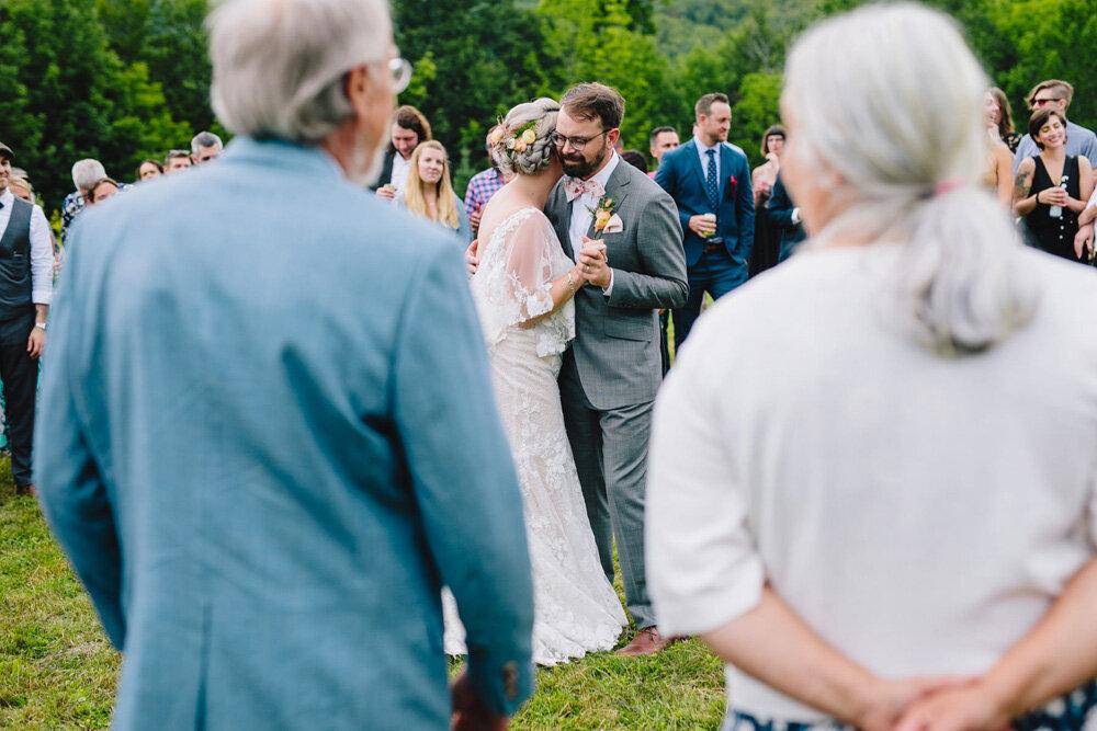 066-new-england-mountain-wedding.jpg