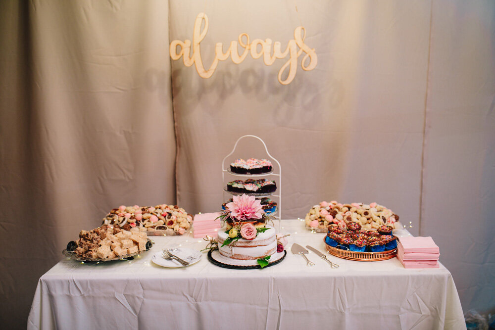 085-creative-new-england-mountain-wedding-reception.jpg