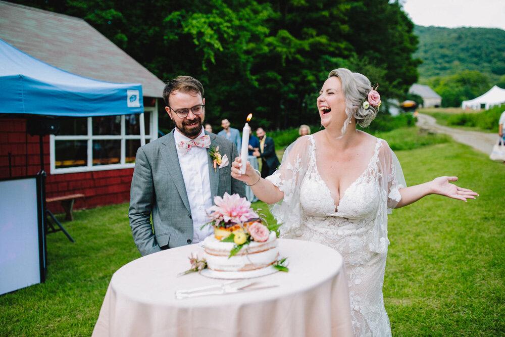 087-creative-new-england-mountain-wedding-reception.jpg
