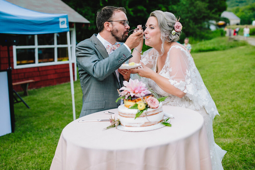 088-creative-new-england-mountain-wedding-reception.jpg