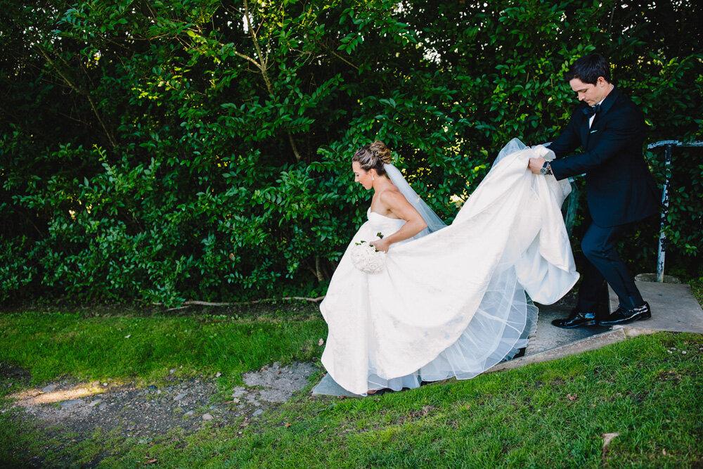 047-rosecliff-wedding-photographer.jpg