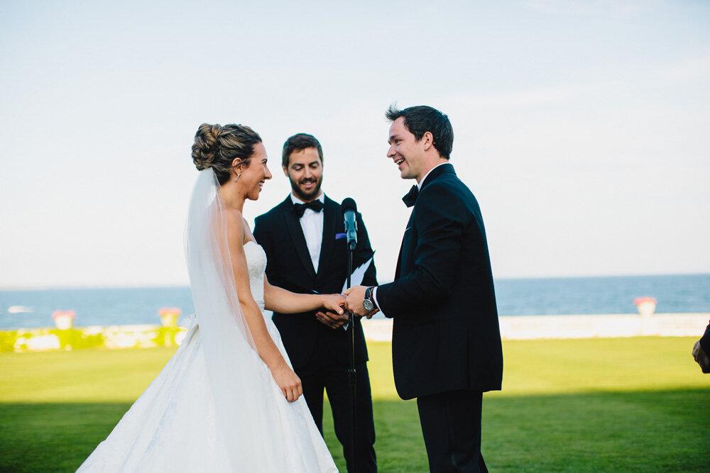 073-rosecliff-wedding-ceremony.jpg
