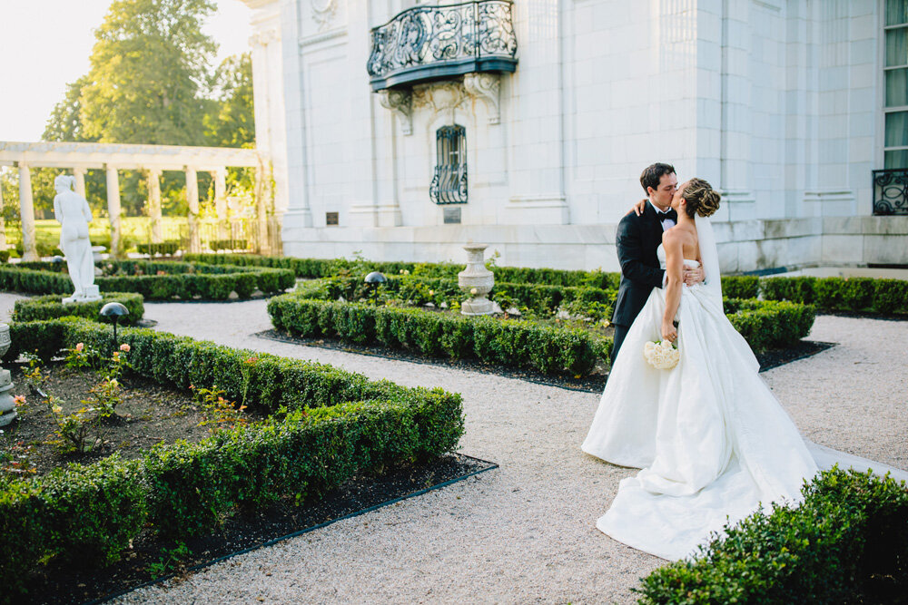 082-creative-newport-wedding-photographer.jpg