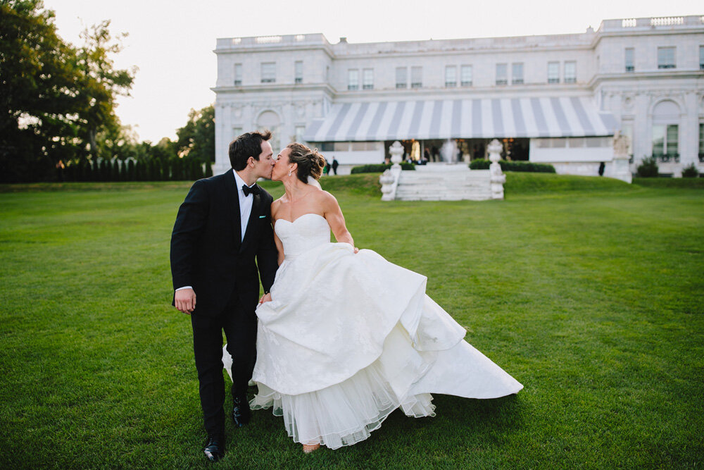 099-creative-newport-wedding-photography.jpg