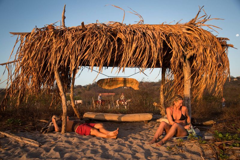 nosara-beach-house-107-of-178-2000x1333-800x533.jpg