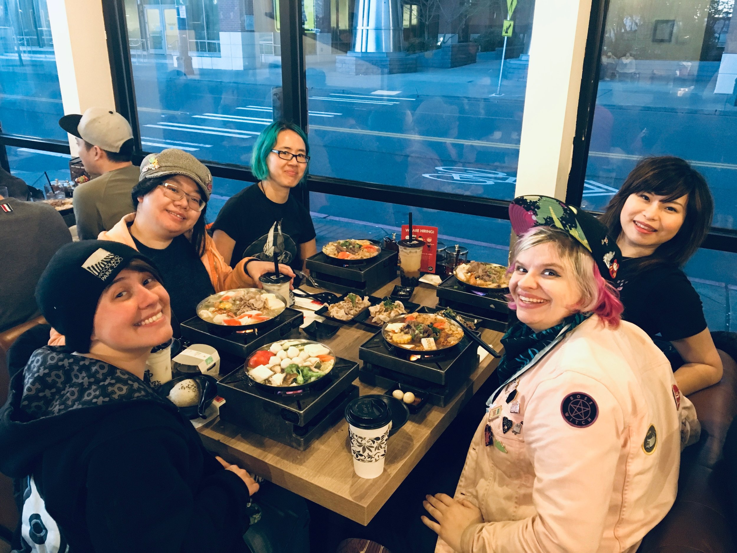 Post-con hotpot with these lovely artists!