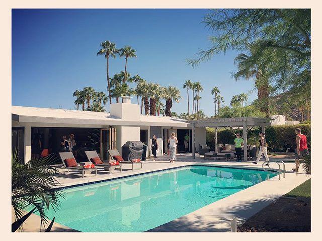 Missing palm trees, sunshine, warm temps and #modernismweek2018.  @designismybusiness #designismybusiness #simplystatedinteriors
