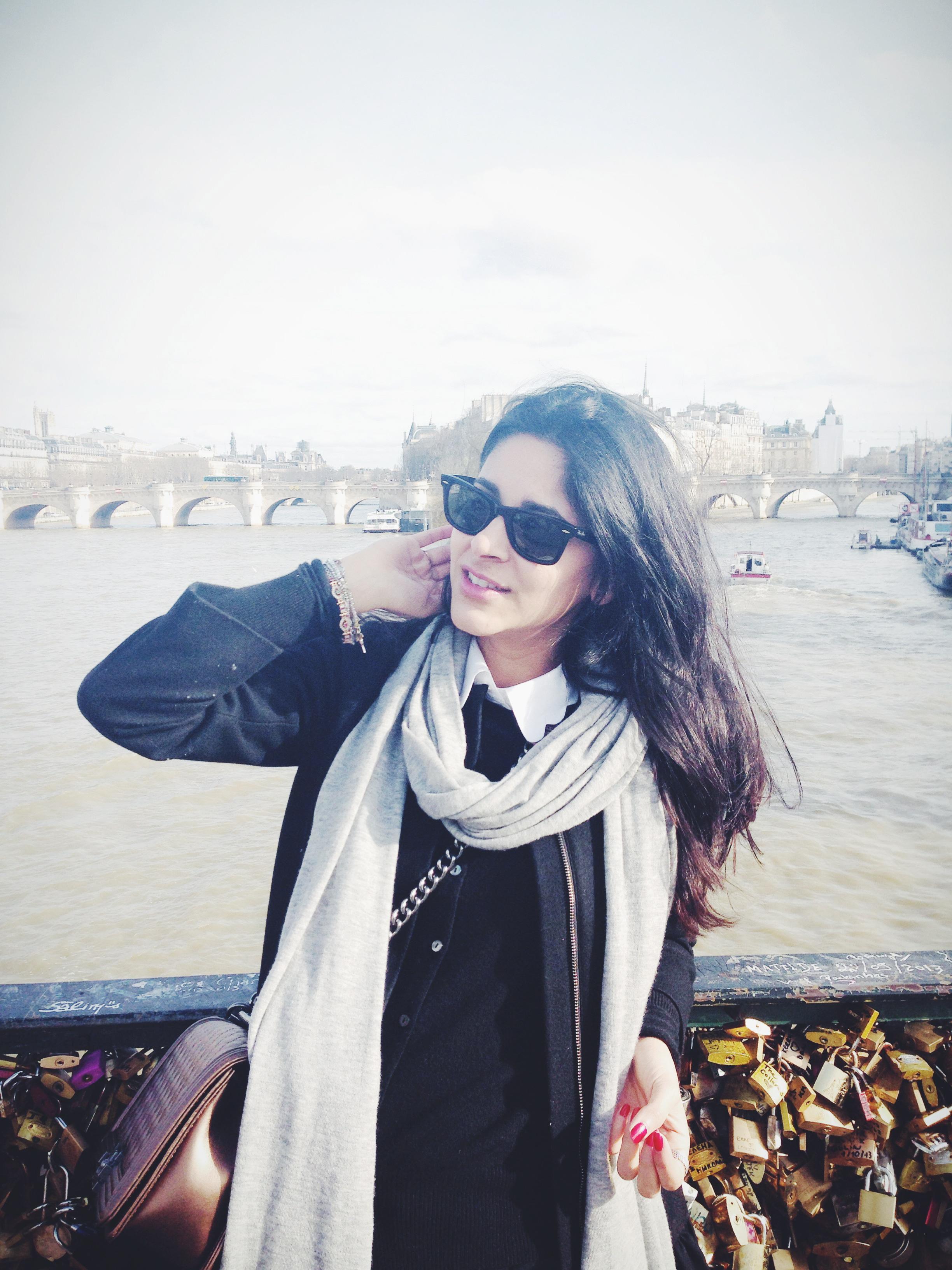 Hi its me in paris