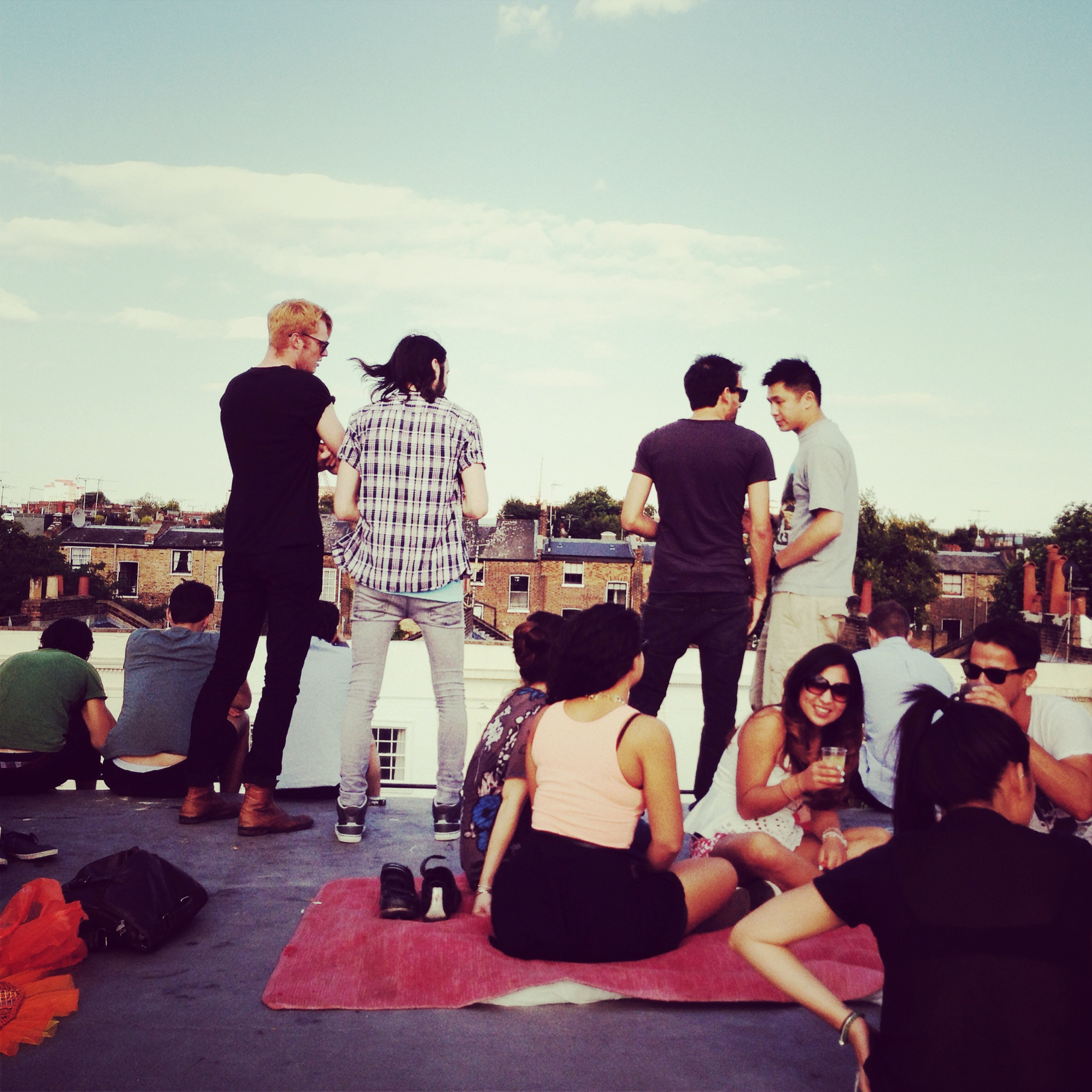 THIS IS A MORE ACCURATE PICTURE FROM THE ROOF at notting hill carnival