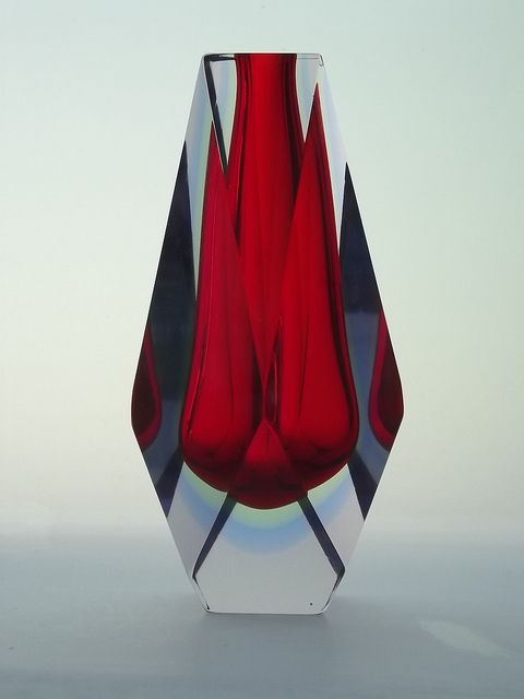 Murano Sommerso faceted glass vase dark red pantone.jpg