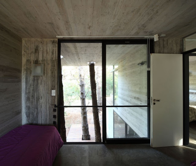 50d28023b3fc4b41b3000299_franz-house-bak-architects_casa_franz_14-1000x846.jpg