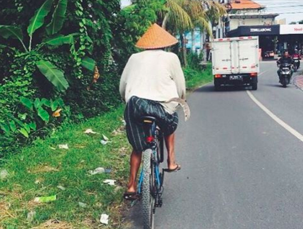 Gorgeous streets of Canggu