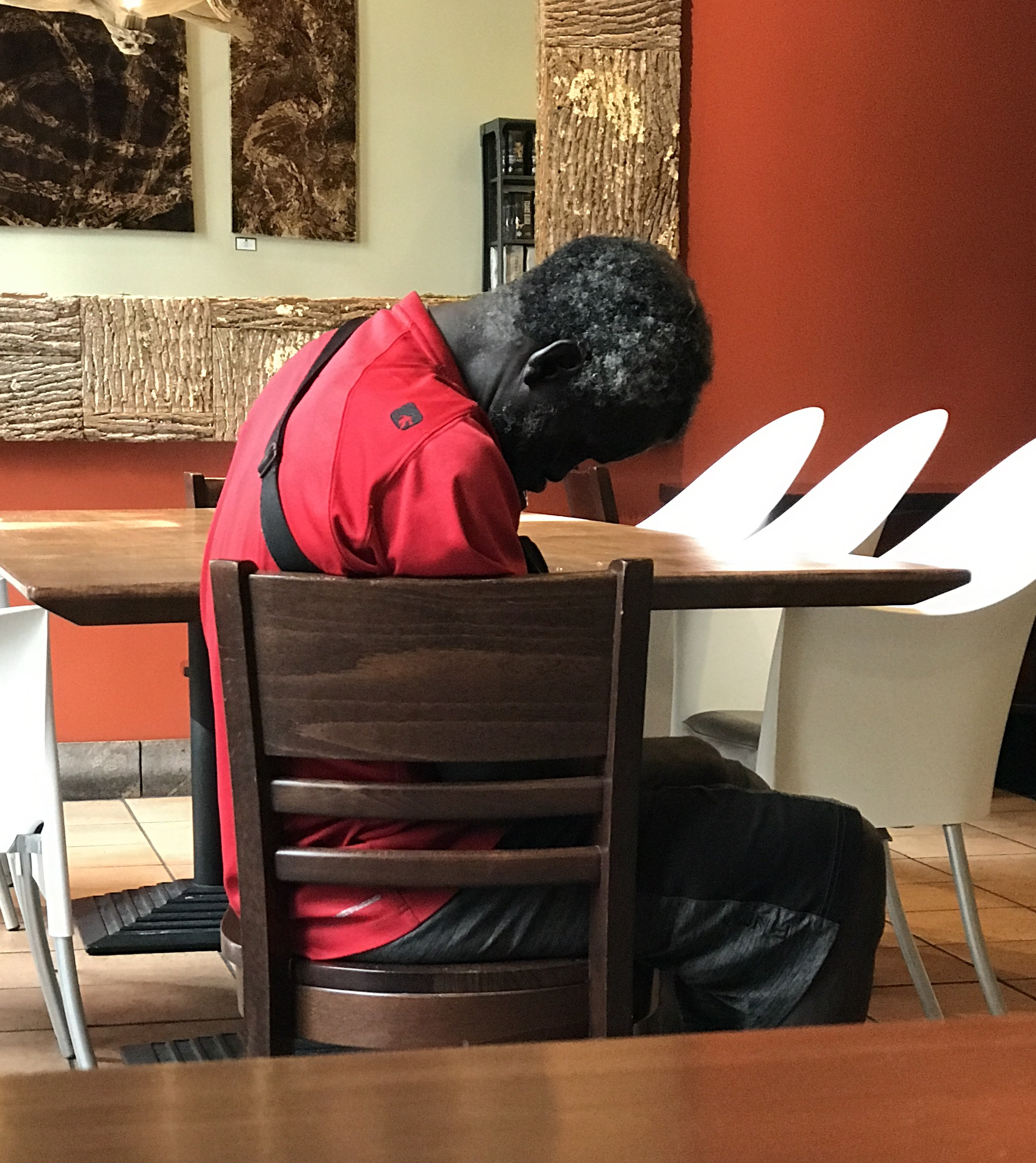 Current mood : I took this while working (editing not making coffee) in a Starbucks by the venue in Orlando. He walked in, slumped in a chair and went to sleep. He had Jetlag too. Definitely.