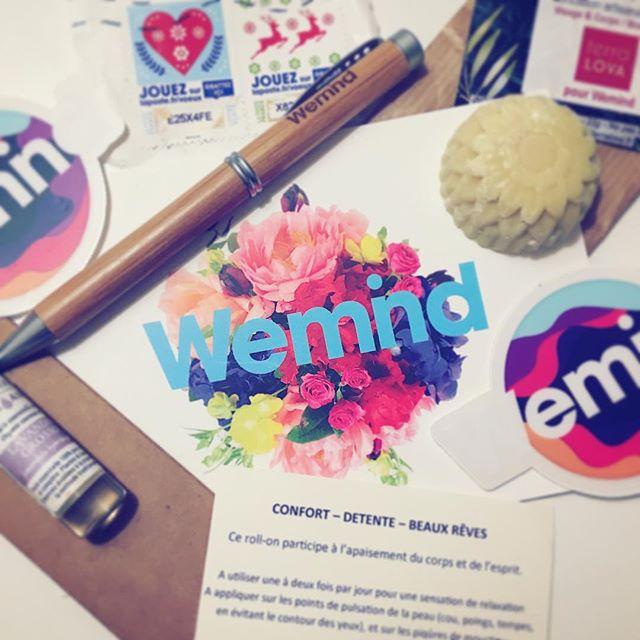 Sympa la mutuelle @wemind.people #paris #mutuelle #freelance #cadeaux #cadeaunoel . . .  #motiondesigner #motion #motiondesign #Wemind #gift #santé #independant @terralova_savon #savon #artisanal #olive #bio #vegan #biovegan @distillerie.belair #lavande #huilesessentielles #startup #french #frenchtouch