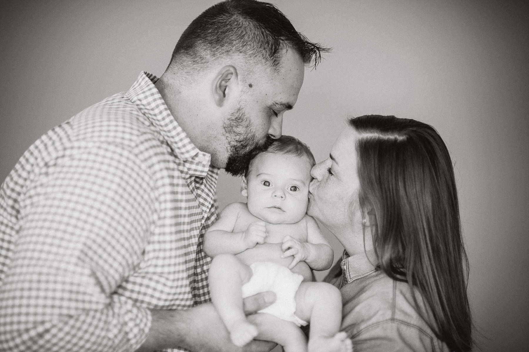 breighton-and-basette-photography-copyrighted-image-blog-croix-newborn-023.jpg