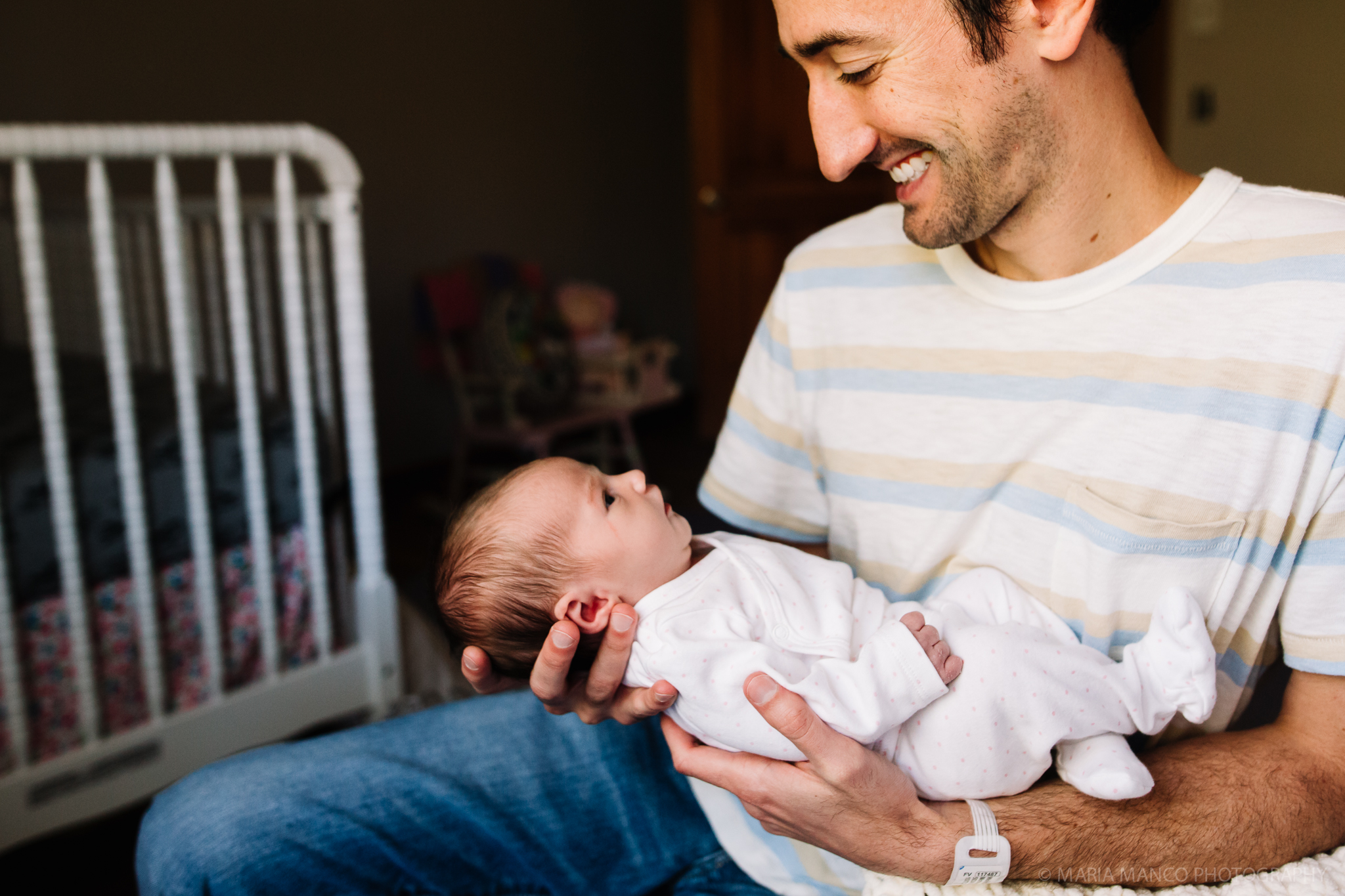 cleveland ohio newborn photographer documentary lifestyle