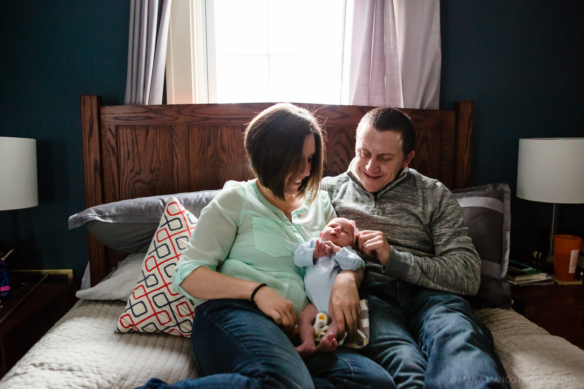 Lakewood Cleveland Ohio Family Chlidren Newborn Photographer Home Lifestyle Maria Manco Photography