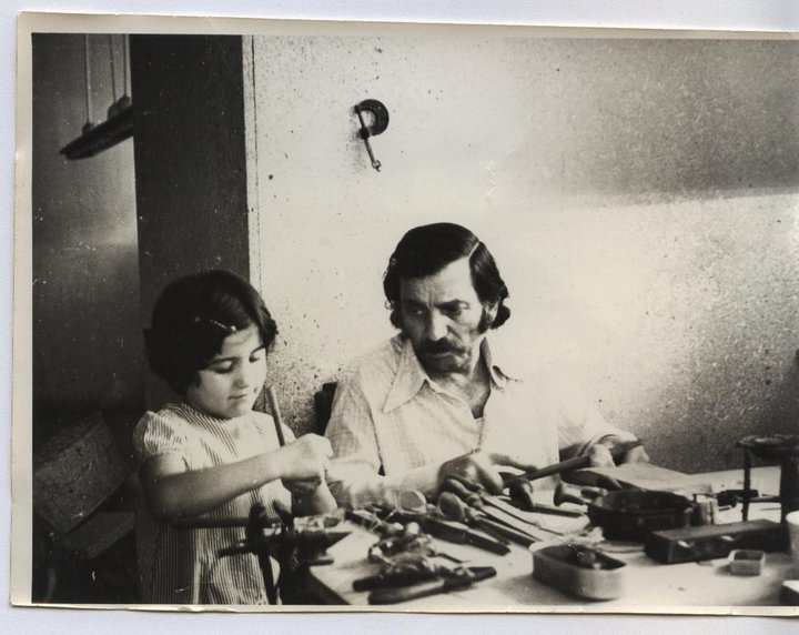 Детство дочери мастера, Анаит и Арцрун Берберяны