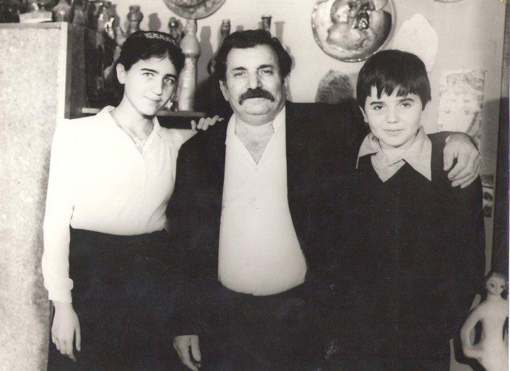 С дочерью Анаит и сыном Аргишти
