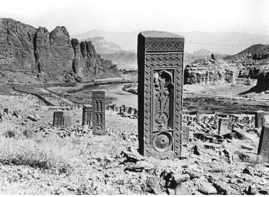 Кладбище Старой Джульфы.JPG