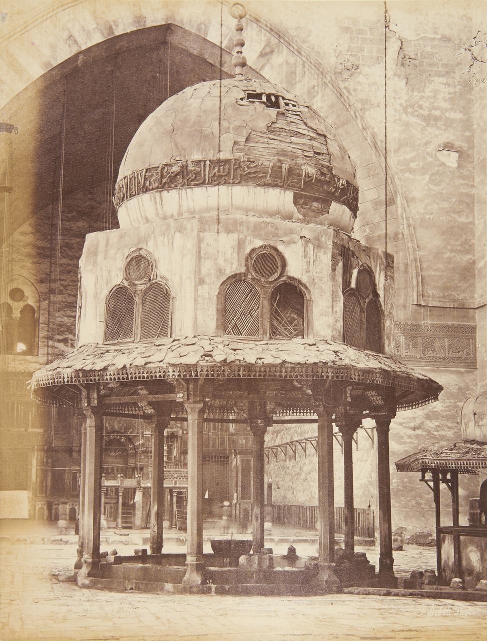 мечеть султана Хасана двор.jpg
