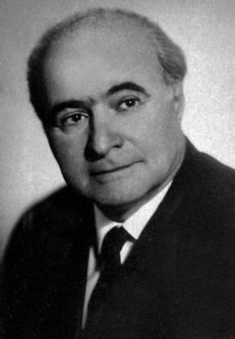 Лев Атаманов