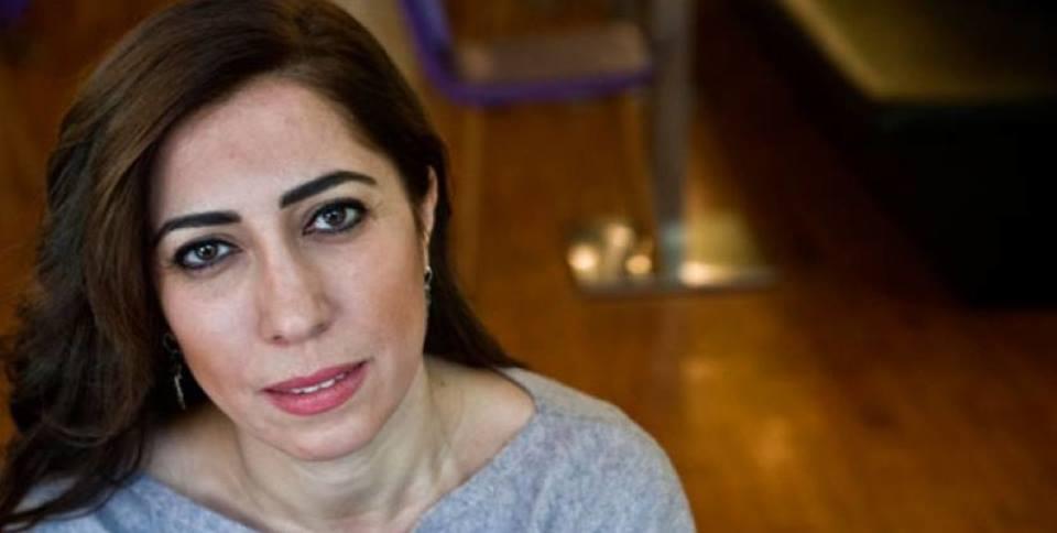 В минувший понедельник была арестована журналистка Нуркан Байсал за критику военной операции в Африне.Полиция ворвалась в ее дом, при этом конфисковав компьютер и телефон (Максим Лебский)