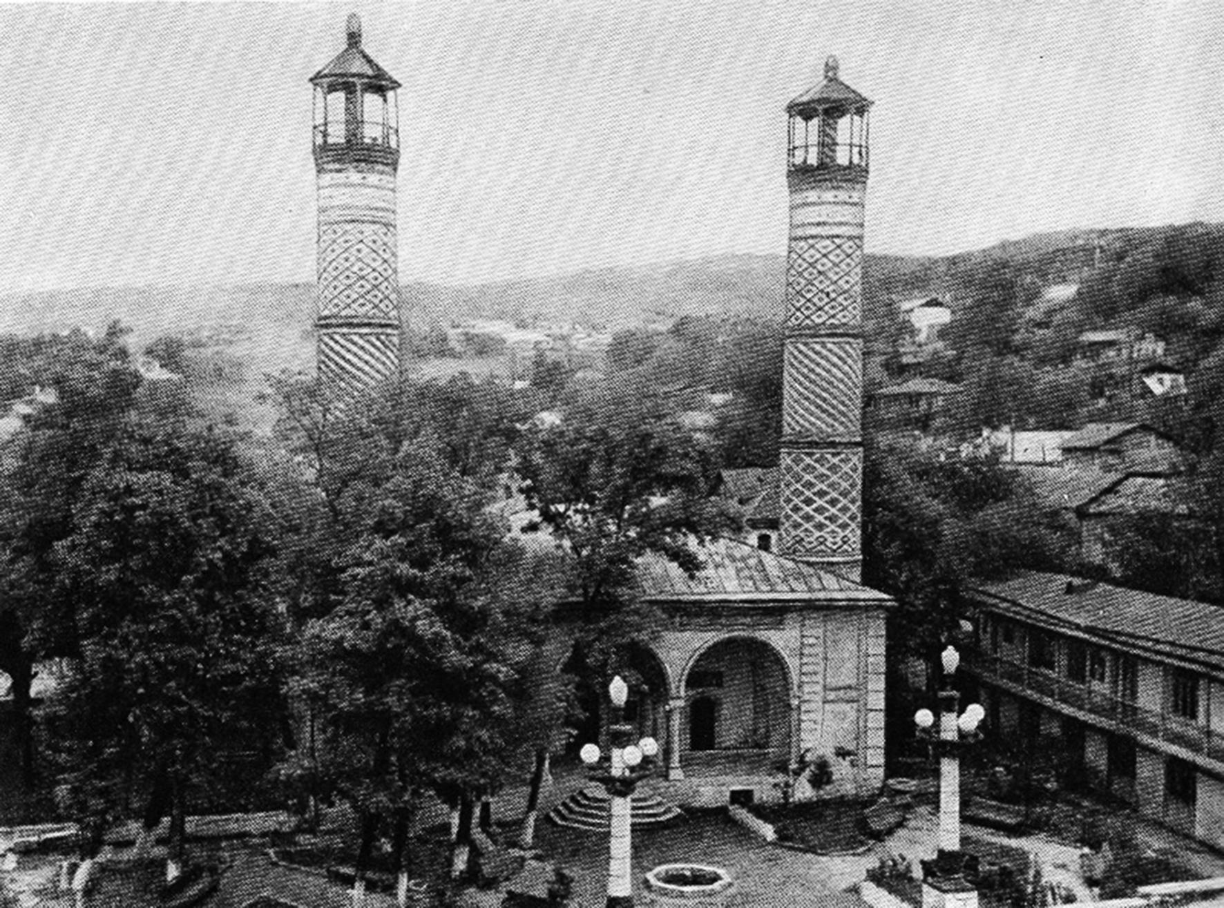 Мечеть Говхар-аги в Шуши. Фото 1980-х годов.