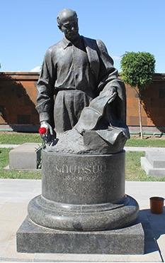 Ереван, надгробие Комитаса
