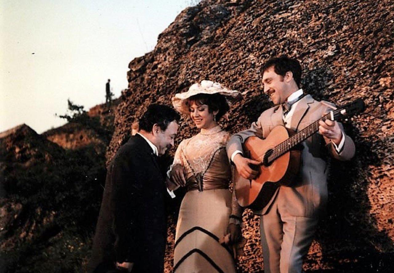 Кадр из фильма «Опасные гастроли» | domkino.tv