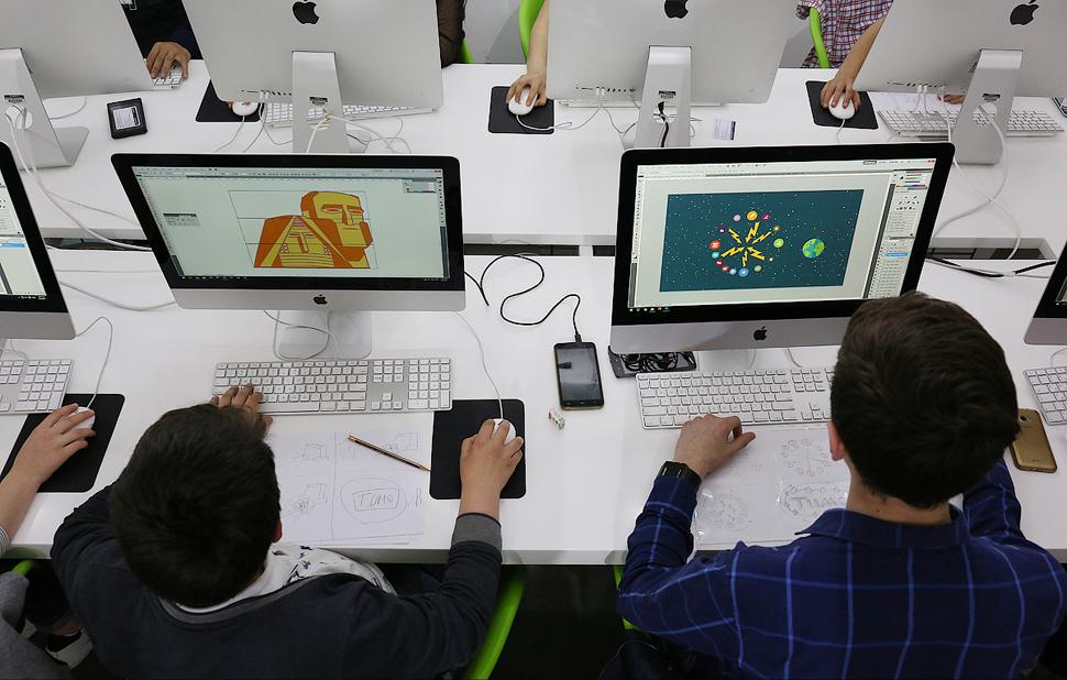 Ученики центра креативных технологий TUMO | tumo.org