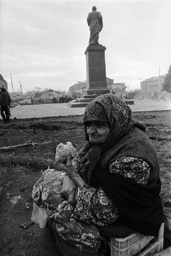 Юрий Рост. Землетрясение в Армении