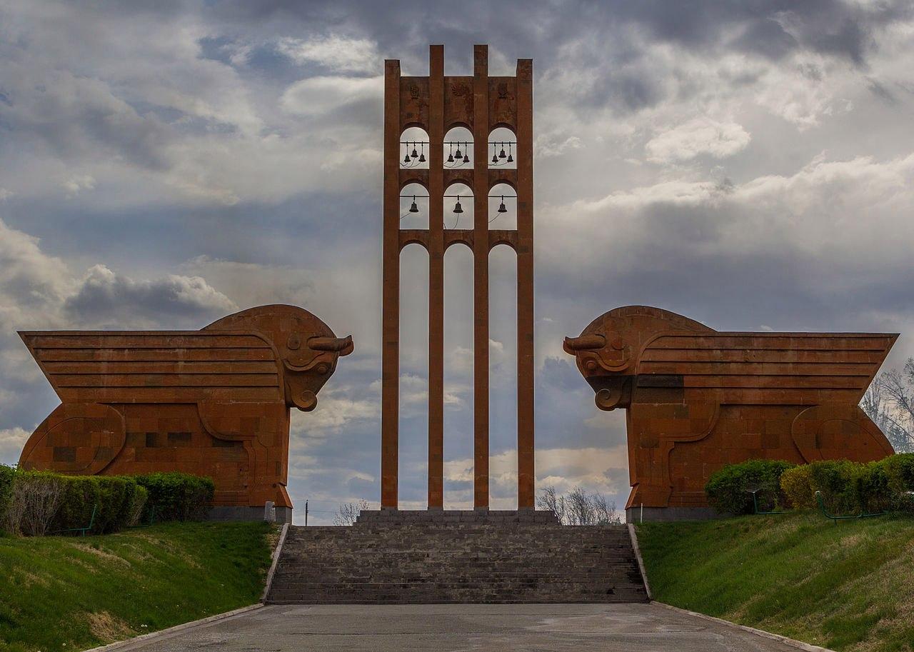 Мемориальный комплекс «Сардарапат» ǁ wikipedia.org