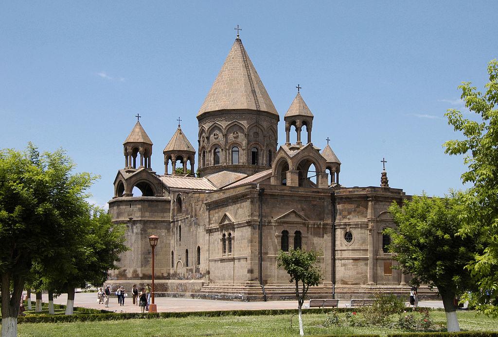 Эчмиадзинский кафедральный собор ǁ wikipedia.org
