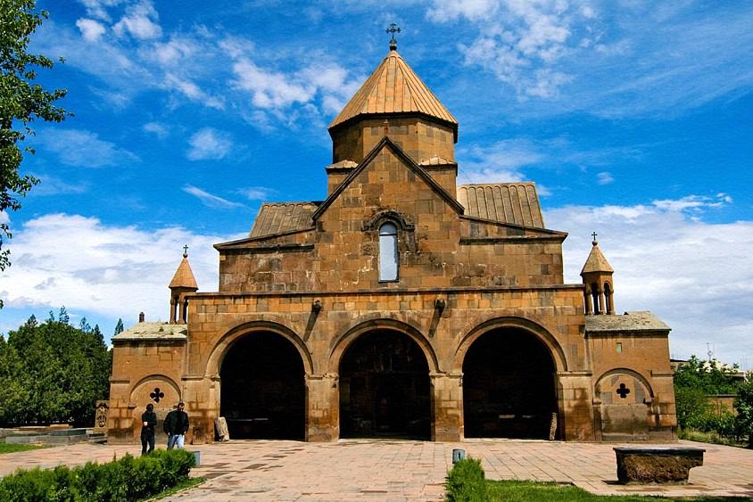 Церковь Святой Гаяне ǁ wikipedia.org