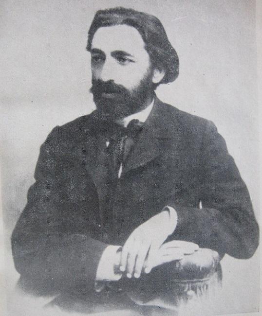 Вртанес Папазян ǁ wikipedia.org