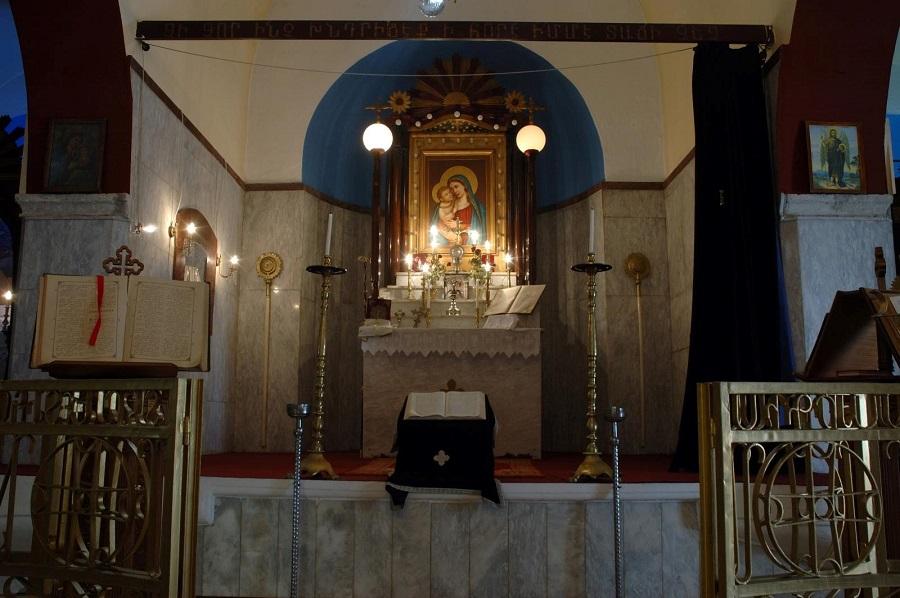Интерьер церкви Сурб Ованес | cretanbeaches.com