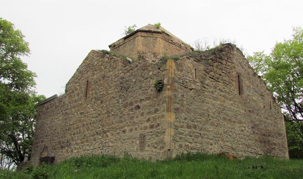 Монастырь XIII века Сурб Геворг (Пткесаберк) ©Евгения Филатова