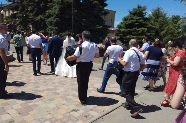 Свадьба в Чалтыре. Фото © Светлана Ломакина, rostov.aif.ru