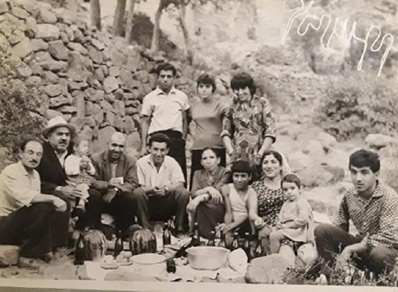 Большая семья Меликсета Бадаловича в Гегарде. Из личного архива Армена Мнояна