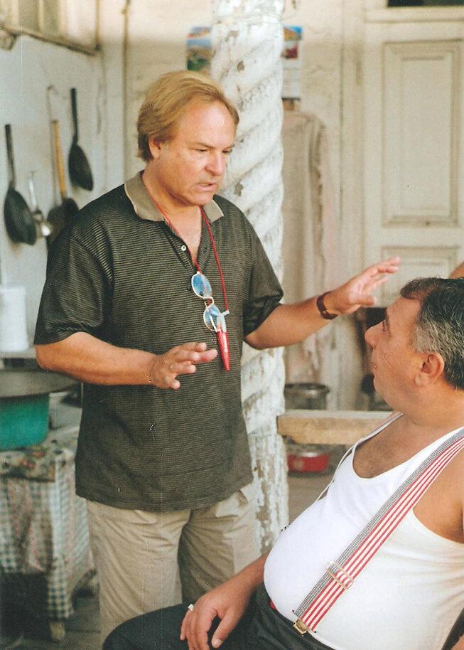 На съёмках фильма «Моя большая армянская свадьба» (2004). Фото: rodionnahapetov.com