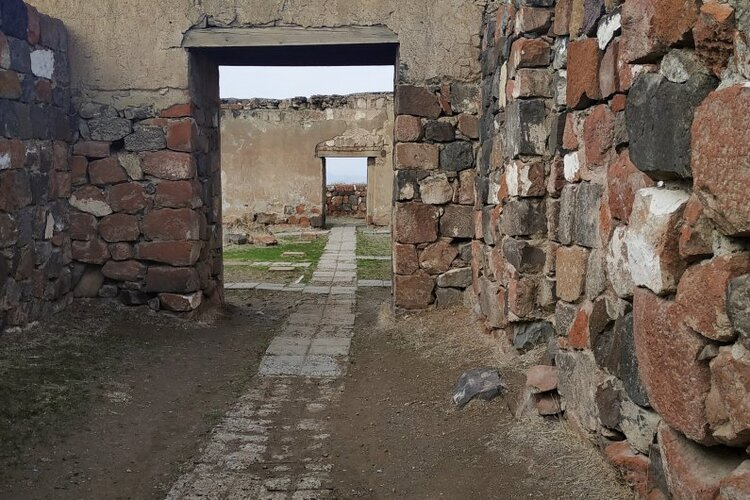 765-erebuni-museum-reserve-new-building-yerevan-armenia-4.jpg