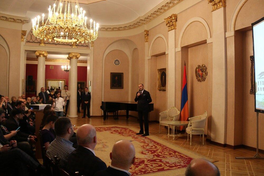Посол Армении в России Вардан Тоганян на показе фильма. Фото:  facebook.com