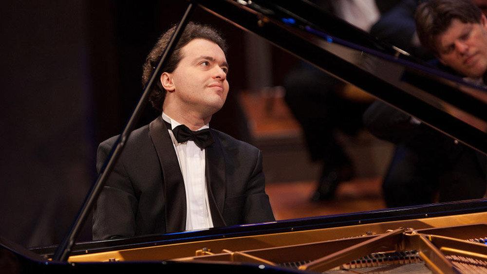 Евгений Кисин — российский, британский и израильский пианист-виртуоз, классический музыкант. Фото:  Evgeny Kissin