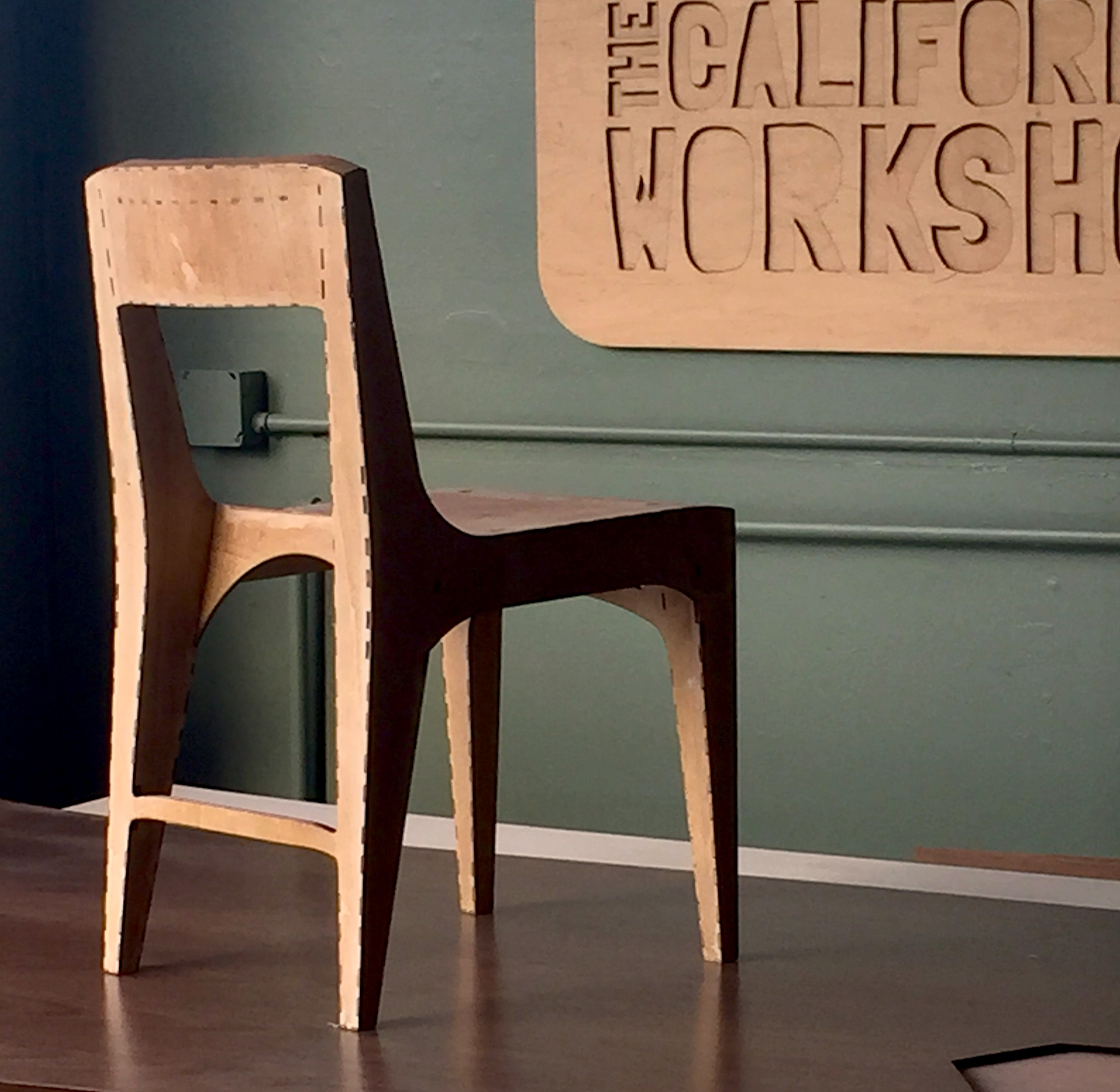 The 9611-010C Chair is completeley hollow. 1.27Kg