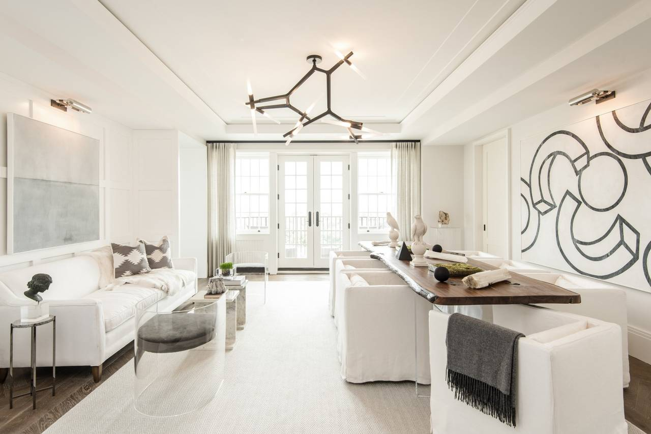 In Washington, D.C., developer Andy VanHorn says he spent 'hundreds of thousands' of dollars to outfit three model units at the historic Wardman Tower. Here's a living room in one of the models.PHOTO:AKSEIZER DESIGN GROUP/JBG SMITH