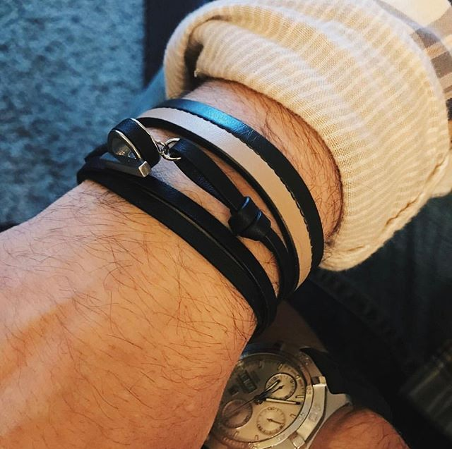 Layered to perfection! Shop 30% everything on our site! Use link in bio  #jammxiv #jammxivbracelet #leathergoods #leathergoods #smallleathergoods #leatheraccessories #mensstyle #leathercraft #nycstyle #cardholders #keyring #leatherfashion #mensfashion #wristaction #whatsonyourwrist #armcandy #leather #bracelets #braceletstacks