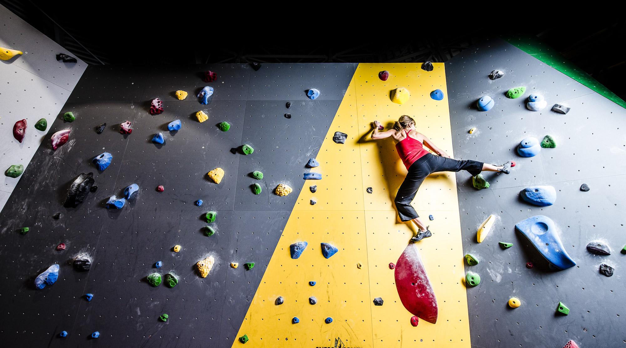 u_of_a_climbing_gym-10.jpg